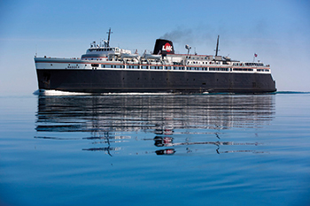 $500 Gift Certificate from Lundquist Furniture